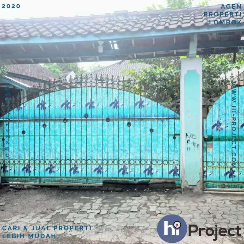 Rumah dengan lahan 5 Are di Kuripan Lombok barat R151 0