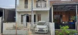 Di Kontrakkan atau Dijual Rumah 2 Lantai View Gunung Arjuna