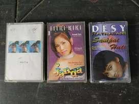 3 cassette Desy, Melly, Fitri Kiki,