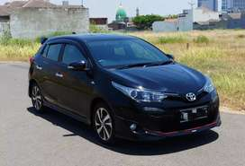 Toyota New Yaris S TRD Automatic 2018 Hitam