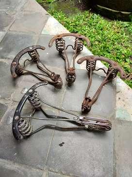Rangka Sadel Sepeda Onthel Antik