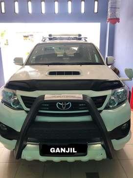 Fortuner 2.5G At Dis TRD Jeep Putih 2013