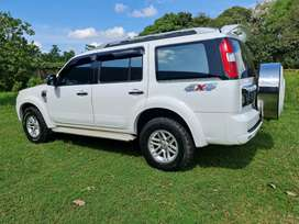 4x4 ford everest