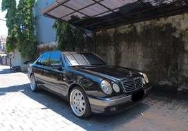 Mercedes benz / mercy e230 new eyes hitam th 1999geo