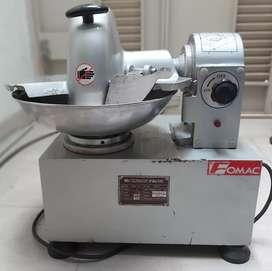 mesin penggiling daging/bakso MMX TQ5