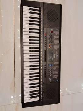 Keyboard terlaris di Medan