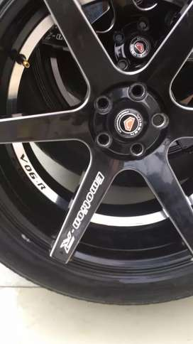 Stylish Rims with Tyres