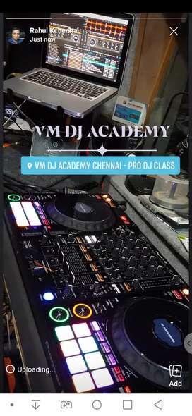 DJ Course at 6,500 at VM DJ ACADEMY