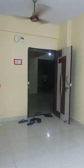 1bhk rent in airoli sector 20 opposite marathi school