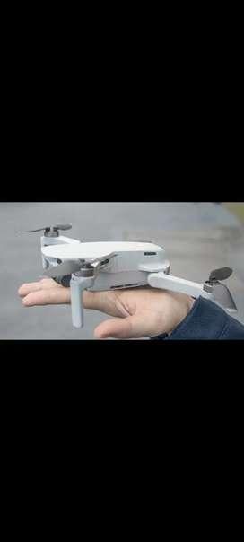 Mavic mini drone with fly combo