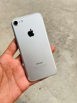 Iphone 7 in mint condition
