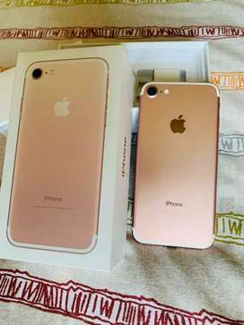 iPhone 7 Rose Gold. Scratch less, Good battery back up