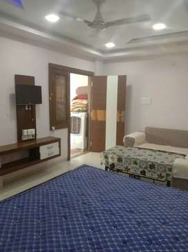 Full furnished 1rk flat with all amenities on rent at Tilak nagar