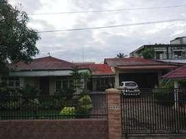 Dijual Rumah Raya Menteng Gg. Budi