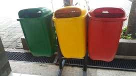 tong sampah oval,bak sampah oval,pabrik bak sampah murah ready stok