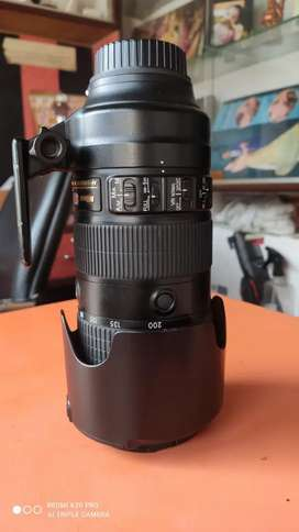 Nikon lens 70-200 Aperture 2.8 in good condition
