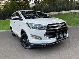 Toyota Innova Venturer 2.0 Bensin 2019 AT. Like New. Full Ori.