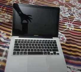 Macbook pro 13 inch 16GB Ram 480Gb SSD with Intel graphics 1545 MB