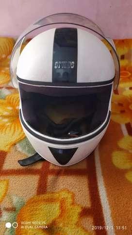 Helmet studd