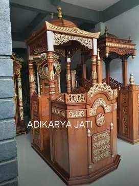 Mimbar masjid khotbah ceramah kayu jati podium mimbar atap..
