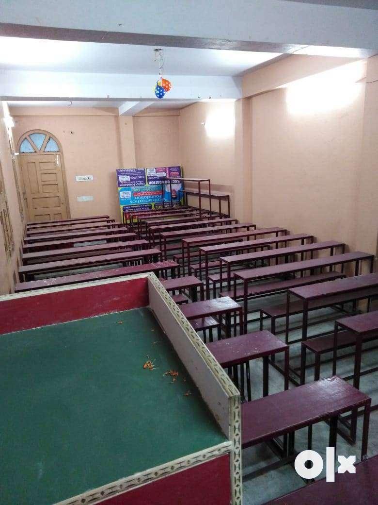 CLASSROOM AVAILABLE FOR RENT IN NAYA TOLA  (MAIN ROAD), BHIKHNA PAHARI 0