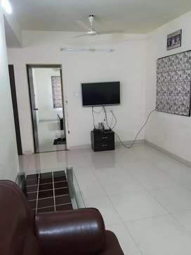 2 bhk full furnished flat