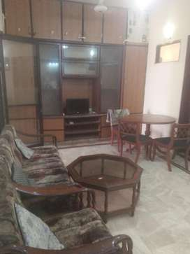 FULLY FURNISHED FIRST FLOOR SINGLE ROOM FOR RENT