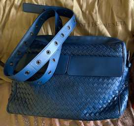 Bottega Messenger Bag Original
