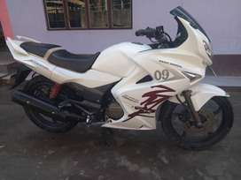 Karizma ZMR, Tip top running condition with all papers updated.