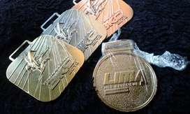 pin emlim cor dan medali custom
