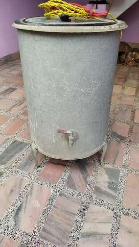 Hot water heater bucket