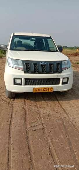 Mahindra TUV 300 2018 Diesel 101800 Km Driven