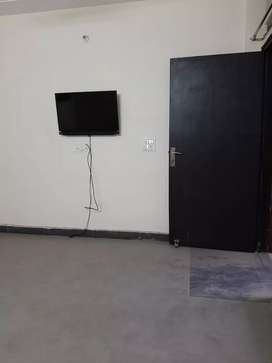 1bhk newly condition builder floor fullyfurnished for rent in dlf p 3