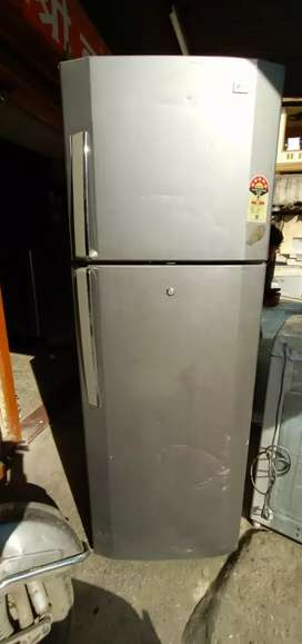300ltr LG double door refrigerator for sale.