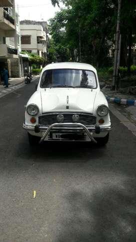 Hindustan Motors Ambassador Classic 1800 ISZ MPFI AC PS, 2005, Diese..