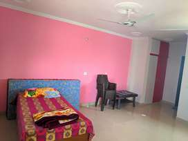 1 bhk wd attached washroom