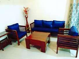 URGENT: Sagwan wood Sofa... TAKE TODAY GET 1000 DISCOUNT