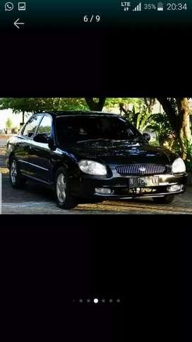 Mobil Hyundai Sonata 2001