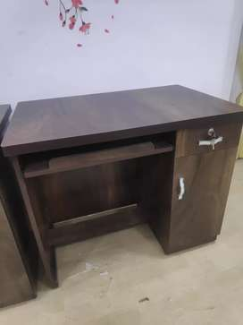 Sell sell... brand new computer table in direct factory price.