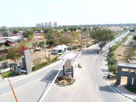 400sqyd plot on main 200ft road on ajmer road opp pimple water park