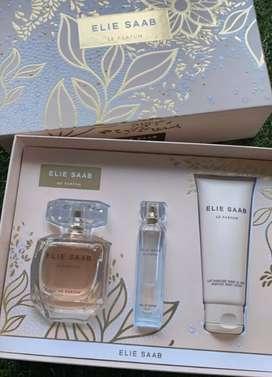 1set Elie Saab le parfum (parfum 90ml+10ml+lotion 75ml)