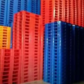 Jual pallet plastik semua type dan ukuran)