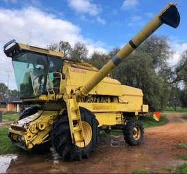 New Holland 8080 4x4 Combine Harvester