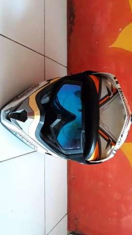 Helm Cargloss dijual murah bisa nego tipis