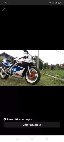 SUZUKI GSX RR 400 CC