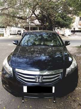 Accord Automatic , 2nd owner,  2011 , 65000kms , sunroof variant