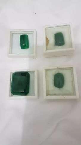 Batu jambrut asli. 4 piace (yg besar 1)