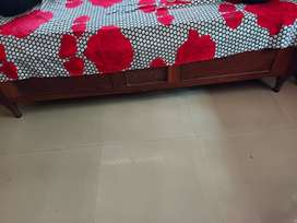 Padak single bed frame