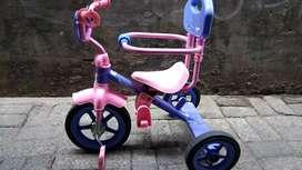 Sepeda anak roda 3 PMB