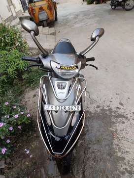 Scooty pep+ Single hand scooty superb new condition